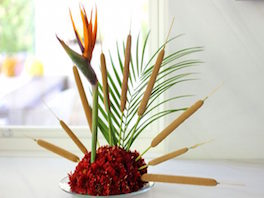 Create a Turkey Centerpiece from Flowers